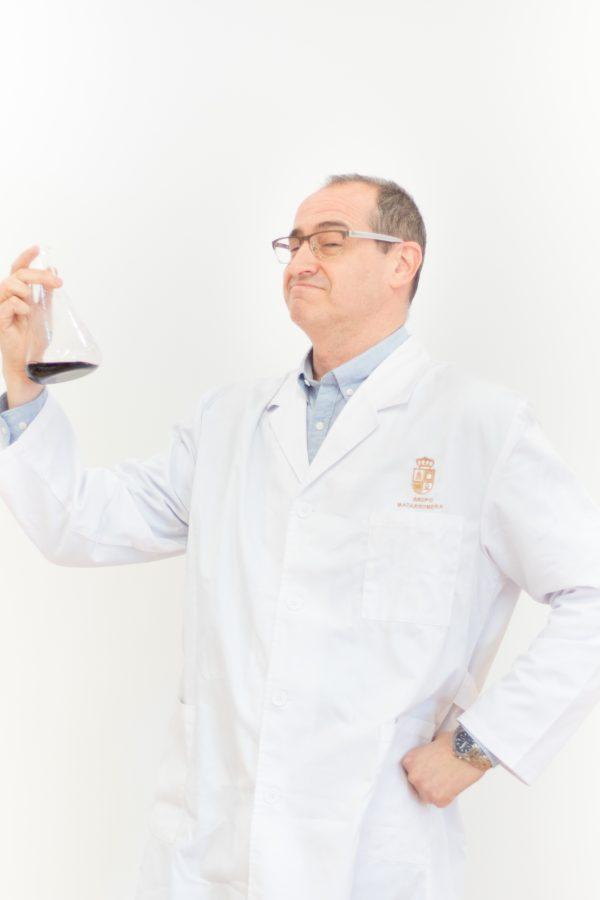Dr. Victor Vendrell. Departamento de I+D+i de Bodegas Familiares Matarromera